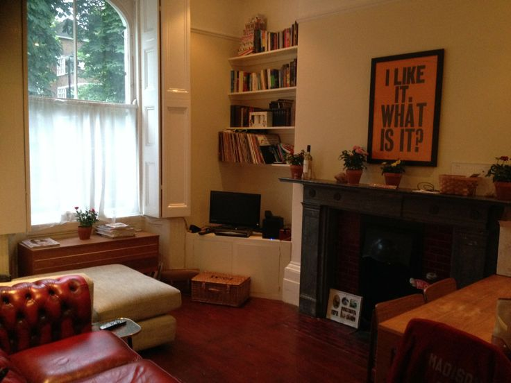 London Flat for rent: Two large bedrooms | Wooden floors | GSH (gas central heating) | All mod cons | Good size dining / living room     MORE INFO :   http://ow.ly/xN84S   London Property to Let Rent