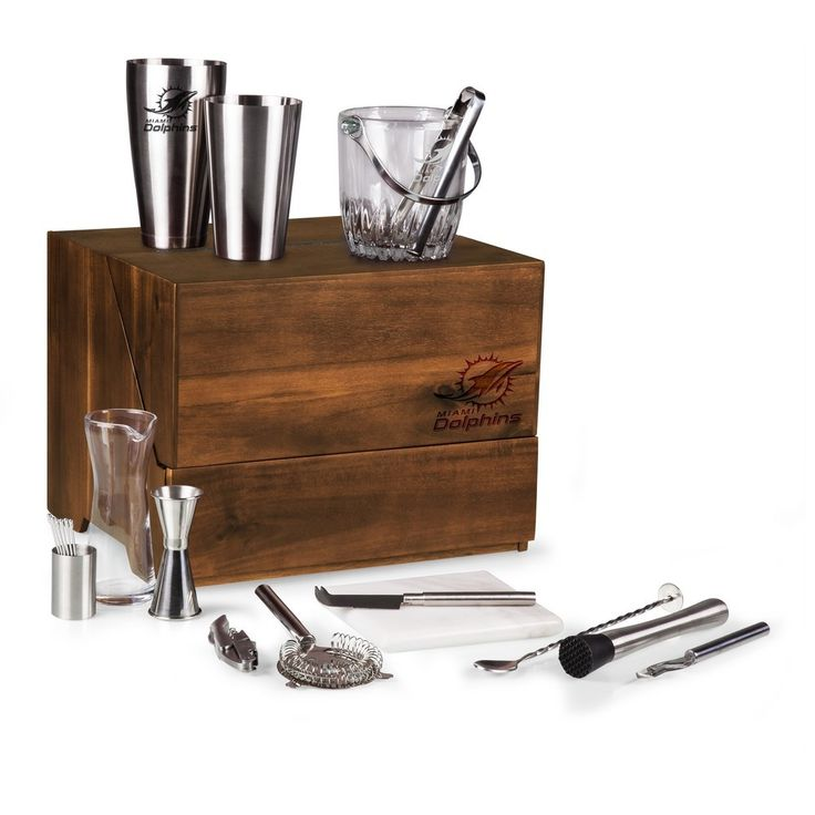 Madison Engraved Table Top Bar Set