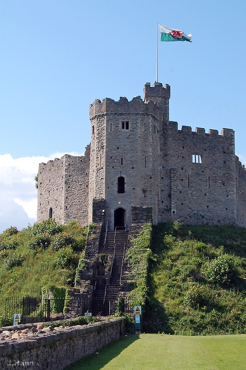 19 top cardiff castle - photo #30