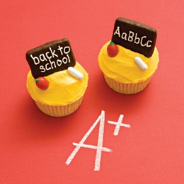 Back to School cupcakes Verdict: adorable (but I have no idea how they could get those icing letters so small on those cookies!)
