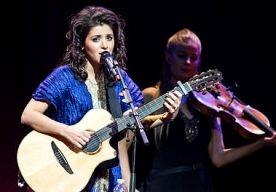 6-Mar-2013 14:16 - KATIE MELUA KOMT DIT JAAR NOG NIEUW ALBUM. De Britse singer songwriter Katie Melua is druk bezig met een nieuw album dat dit jaar nog moet uitkomen. De plaat is de opvolger van het vorig