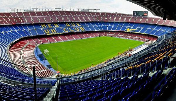 Stadion Camp Nou di Spanyol