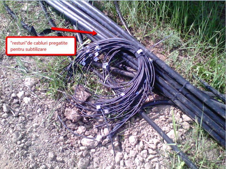 Cum se fura – Hotii de cablu electric – Ramasitele de Cablu dupa Recuperarea cuprului Ramasitele de Cablu dupa Recuperarea cuprului Ma intrebam mereu dupa ce gaseam resturile de cabluri decojite, cine se ocupa de aceasta operatie,? Si am avut o revelatie: In videoclipul de mai jos vedeti cu cat profesionalism Panciu Cristian se ocupa de aceasta problema: La o prima socoteala s-a constatat:   3×40 ml=   120 ml   3×12  ml=     36 ml    3×8   ml=     24 ml  ... ...