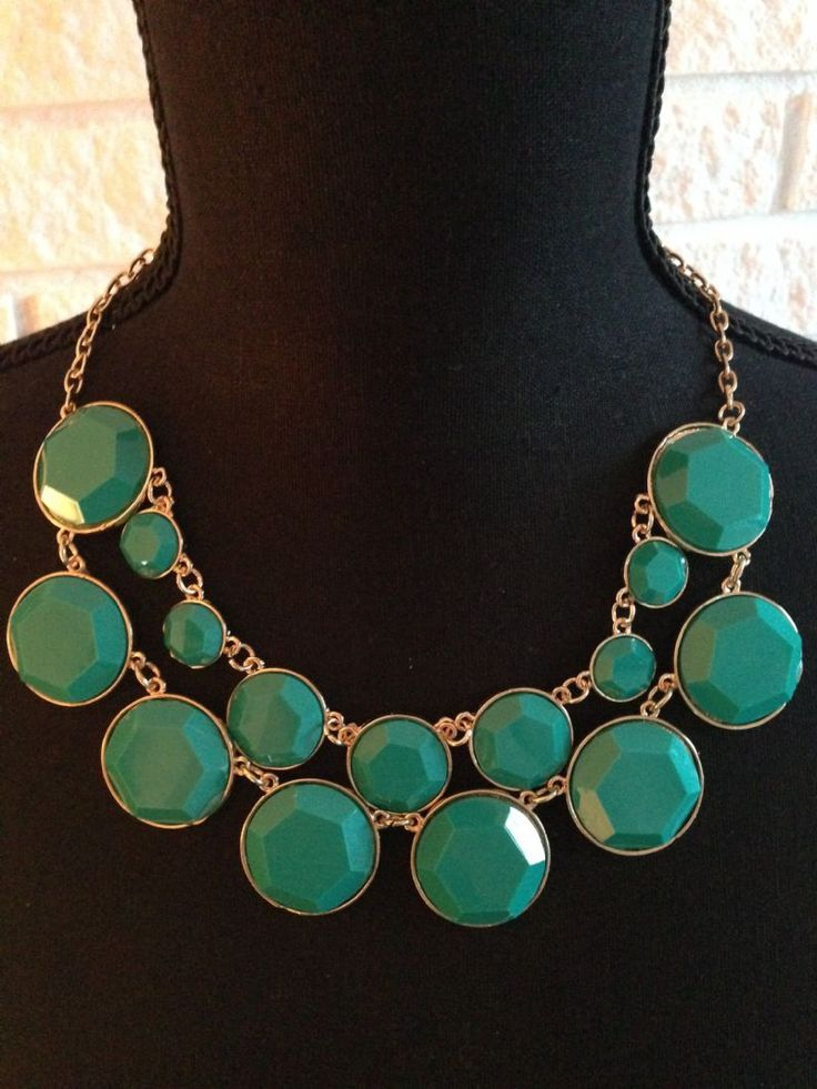 Besøg min lækre lille webshop med smykker, hobby, hækle, sytilbehør og diverse :) www.lillablomst.dk