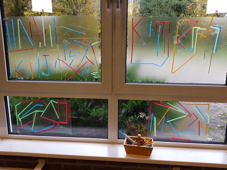 raamkunst met rietjes