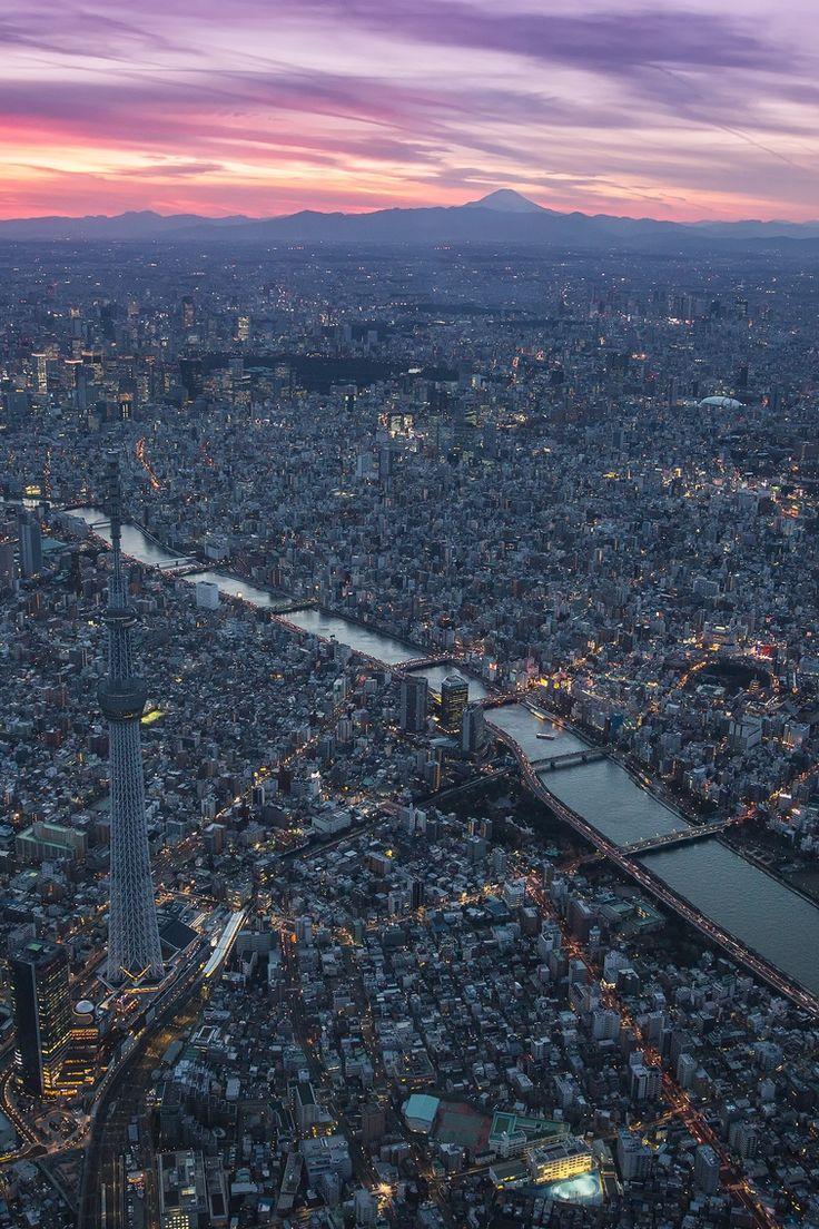 Tokyo Sunset by (Sandro Bisaro)   Follow on Tumblr