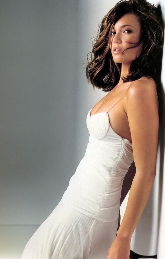 This photo is from a shoot AGES AGO and I've wanted that dress ever since | white dress | mandy moore