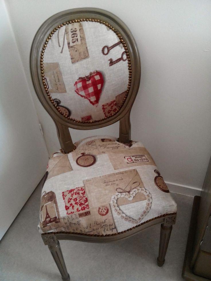 chaise médaillon en merisier relookee : Meubles et rangements par tresors