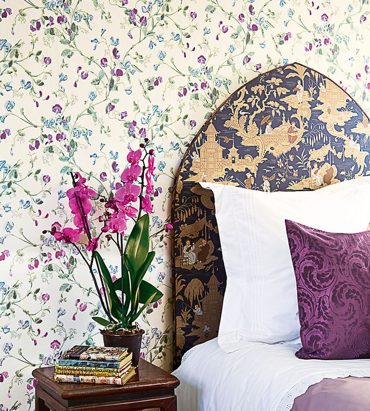 New this week | Sweet Pea Wallpaper by Cole & Son | Jane Clayton