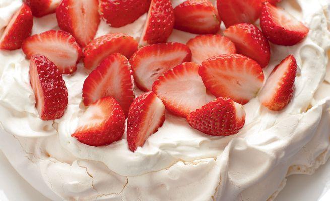 Strawberry Pavlova #PinthePerfect and #MaryBerry