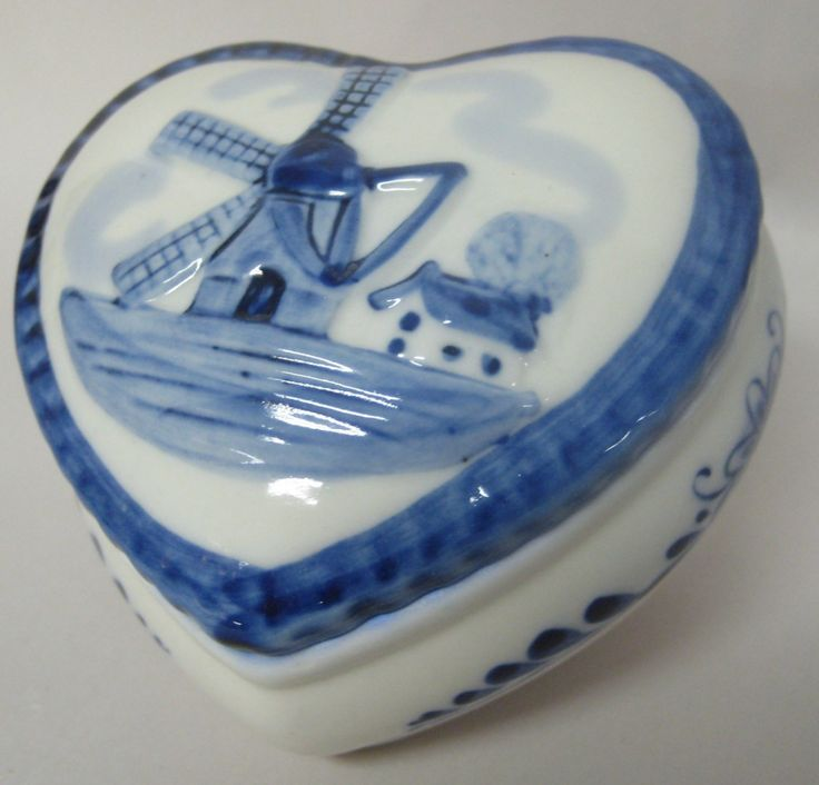 Blue and White Ring Box with Dutch Windmill Scene