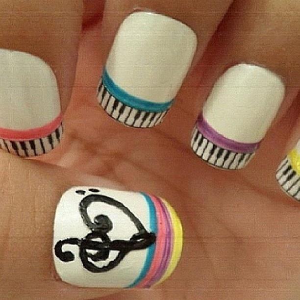 Cuteness!!! Multi-colored pastel stripes