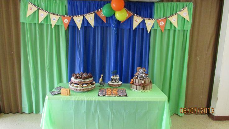 plastic tablecloth backdrop: Clothing Ideas, Decor Ideas, Birthday ...