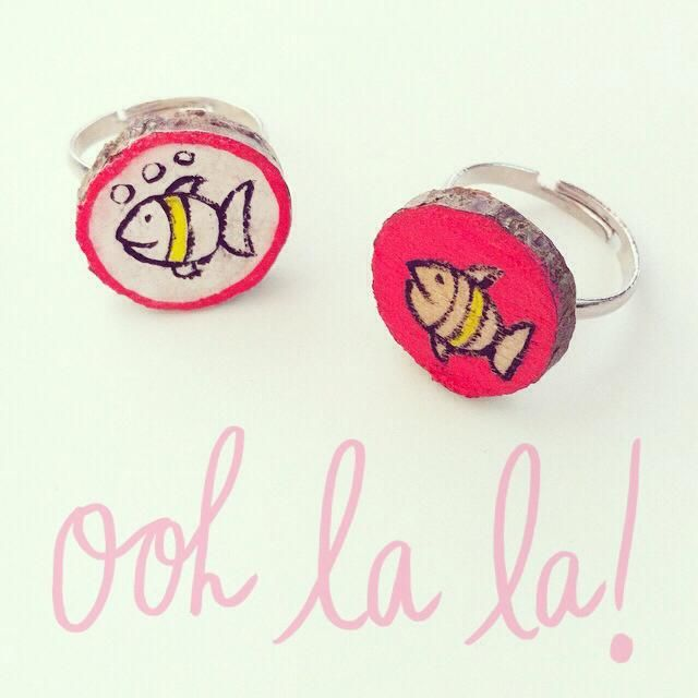 Illustrated wooden ring