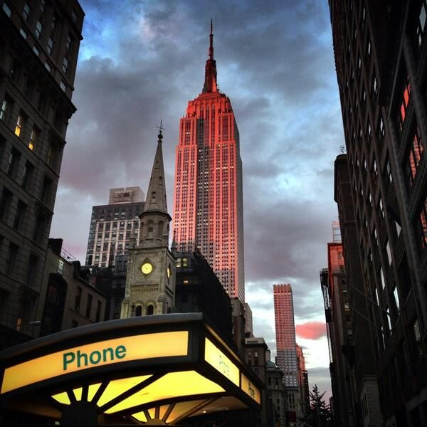 12 best empire state building images on pinterest empire state building new york city and. Black Bedroom Furniture Sets. Home Design Ideas