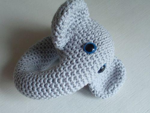 Ravelry: ZDE. Elephant rattle pattern by Tjeempie Designs
