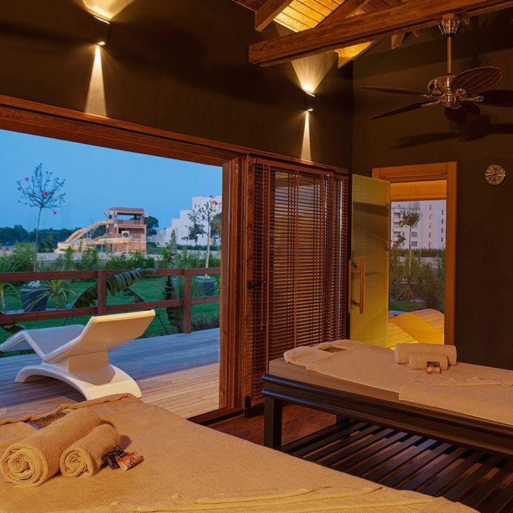Akdeniz'in heyecan verici mavisi ile eğlence'nin, spor'un ve adrenalin'in en doğru adresi; Regnum Carya Golf & Spa Resort!
