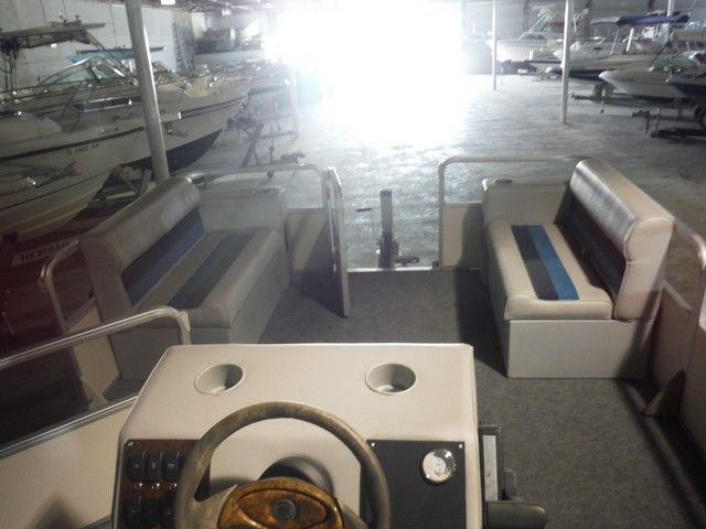 2005 Tracker Boats Party Barge For Sale  http://www.charlottemarine.com/680/2005-Tracker-Boats-Party_Barge_.html