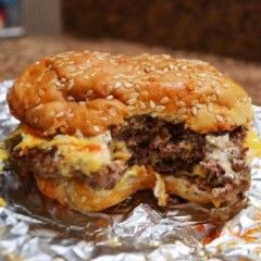 How to Make a Perfect Five Guys Burger at Home