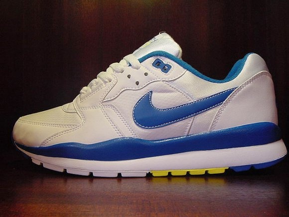 Nike Air Windrunner