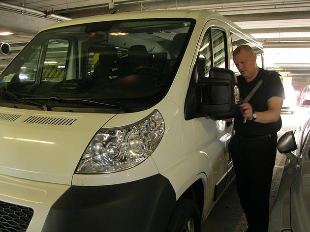 Принимаем машину в миланском аэропорту Мальпенса http://www.avtortur.com/