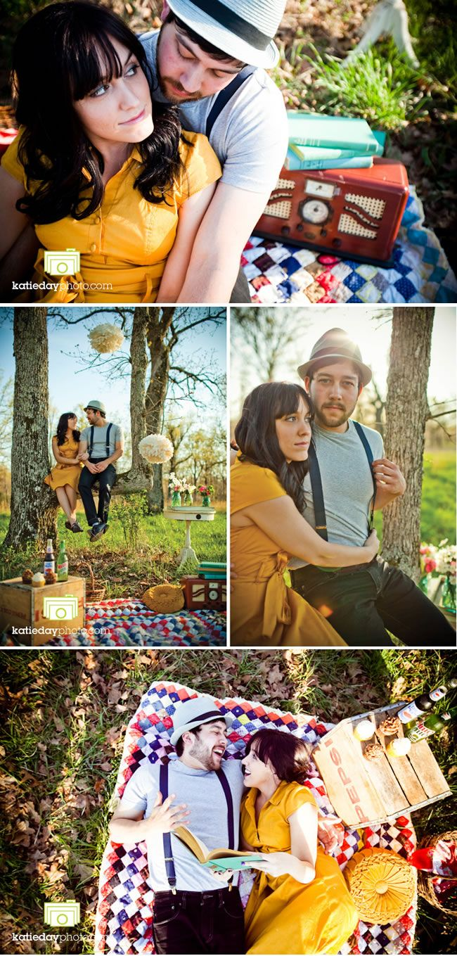 I love their engagement photos - picnic engagement