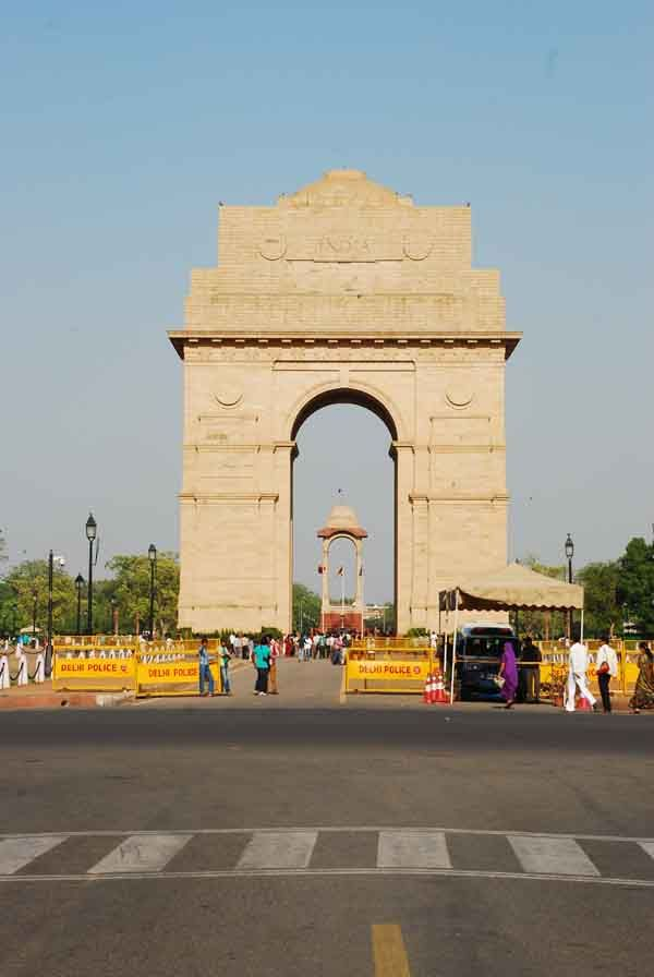 essay historical place india Indian history is fall of rise of many kingdoms monuments, built by different kings, throw light on the past history of india related articles: essay on an historical place.