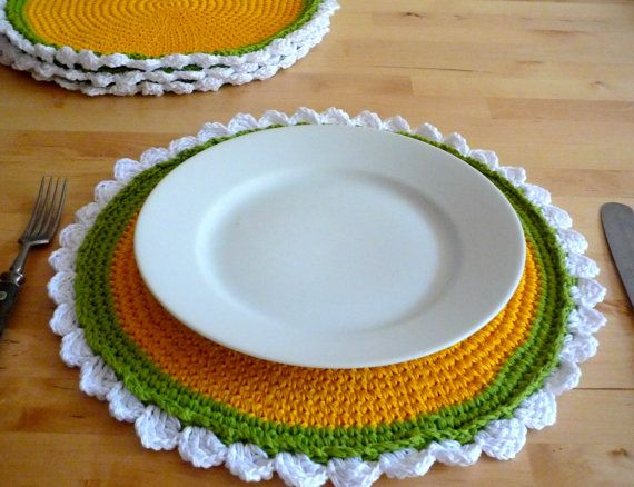 Camomile flower placemats set of four by MonikaDesign on Etsy