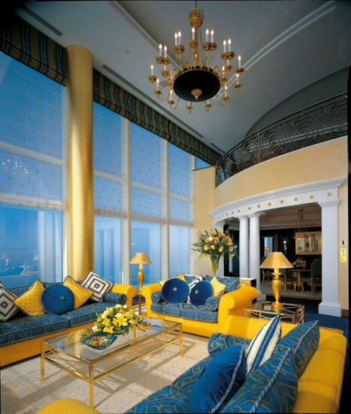 Sailboat hotel inside burj al arab 7 star hotel in dubai for Biggest hotel in dubai
