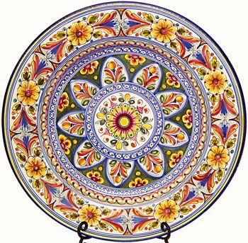 Grande Serving Platter in Traditional Spanish Pattern