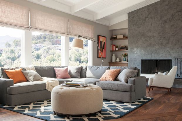 I normally don't like modern, but there is something to this house.   ~~~   Mid-Century Modern | California Home + Design