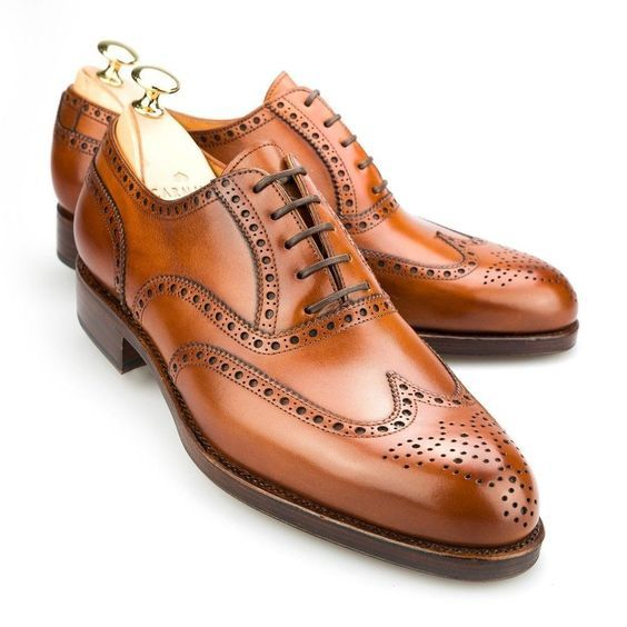 Brown Color  Oxford  Wing Tip  Brogues Toe  Real Leather  Lace Up   Casual Dress Shoes  Vintage  Classical  Elegant  Vintage 47eda951f94d