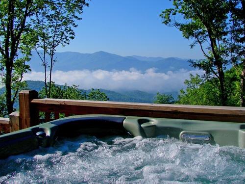 Hot Tub Far Horizon Nc Vacation Bryson City Cabin Vacation