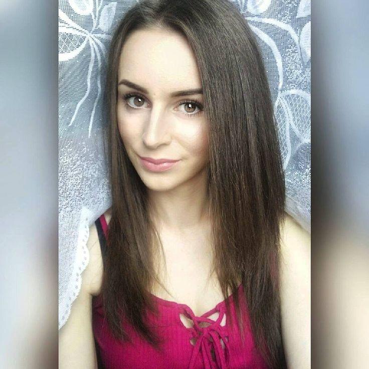 Kto prostuje włosy? Czym zabezpieczacie je przed wysoką temperaturą? ��  #rimmel #smartgirlsgetmore #bell #inglot #makeup #summer #eyeliner #lipstick #highlighter #brows #pomade #lips #brunette #polishgirl #beauty #instagram #fit #fitgirl #blog #blogurodowy #babyliss #włosing #wwwlosypl #prostownica #włosy #hair http://ameritrustshield.com/ipost/1554641764273402858/?code=BWTMnKggLPq