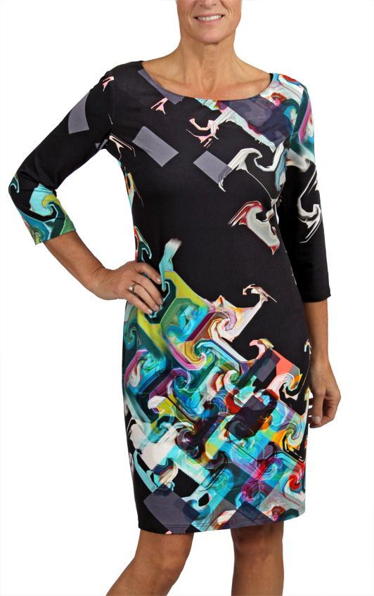 Geometric print 3/4 sleeve dress. This style is available at a store near you, or online (in Canada only). Love the print? It comes in two colors! #Fallfashion #print #dress #cartise #coloryourlife