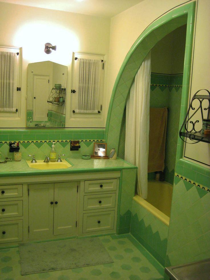 Original 1933 tile bathroom in Southern California, including 7-foot shark fin shower.