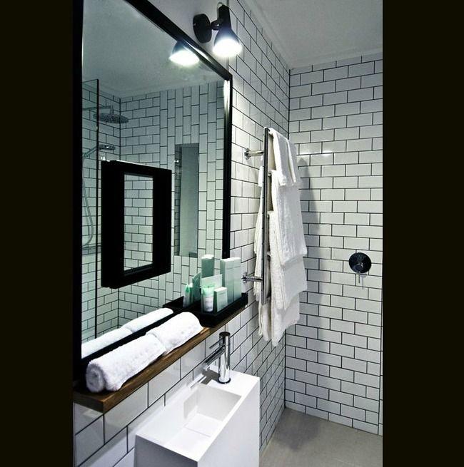 bathroom black and white