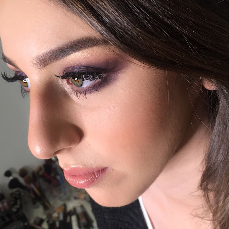 Purple eyeshadow night time makeup look