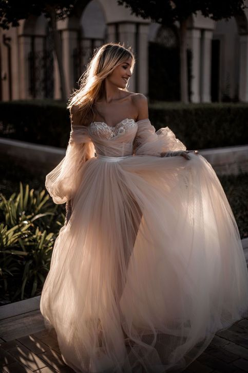 Champagne Off the Shoulder Tulle Marriage ceremony Attire,Lengthy Sleeves Bridal Costume,Lace Marriage ceremony Robe,455