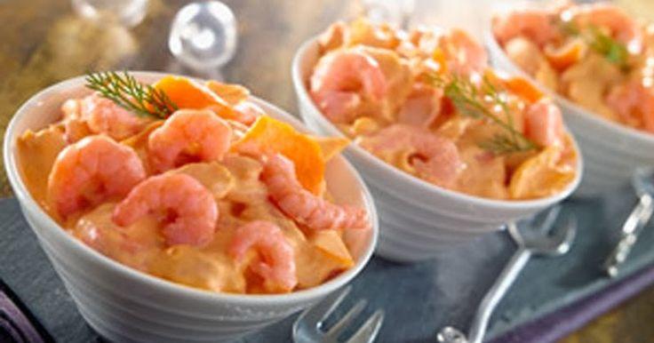 Ingrédients  Pour 12 personnes  400 g de crevettes crues roses ou 200 g de crevettes décortiquées  Tomates Cerise  Olives noires à la gre...