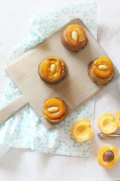 Upside Down Aprikosen Mandel Muffins von Tinas Tausendschön