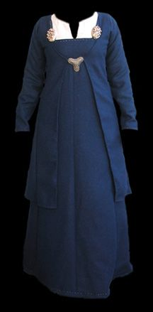 Wool viking coat and hangerock in dark blue. Also linen underdress, turtle brooches and trefoil brooch.