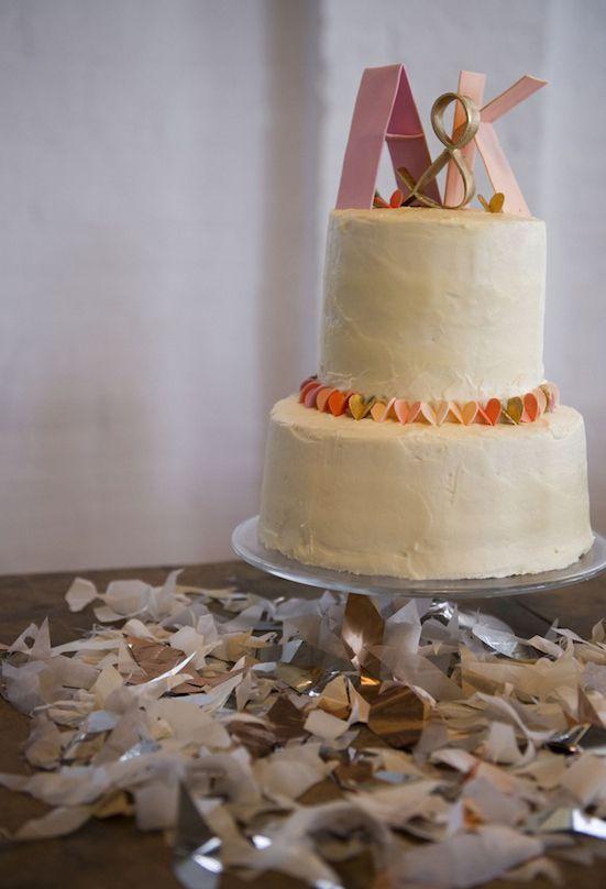 LOVE this fun, simple cake!  | via 100 Layer cake. Photographer:  Lauren Slusher of Bonnie & Lauren; Cake: Jane Lerner