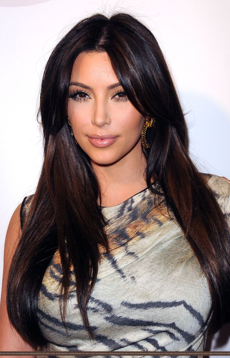 Long And Straight Hair Kim Kardashian Looks Hair
