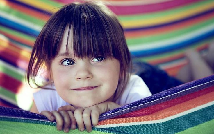 ¿#SabiasQue Cada uno de nuestros ojos contiene 107 millones de células, 7 millones de ellas nos ayudan a ver los colores, las otras 100 nos ayudan a diferenciar entre el blanco y el negro? #ClínicaCeo. Foto vía http://goo.gl/nGUUhs