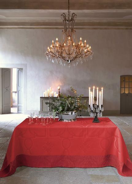 Villa Medicis Cherry 100% Linen Tablecloth Setting