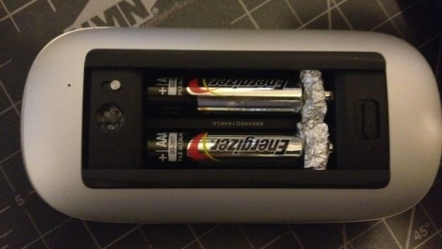 Convert AAA batteries into AA batteries with tin foil - www.bestlexever.com -