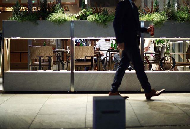 . #マンダリンオリエンタルホテル 東京 初代総料理長を歴任した<山本秀正>監修...✏︎ . HY TOKYOの営業時間は17:30〜翌5:00となっておりますので、時間を気にせずご利用いただけます❣️ . #カウンター やペット同伴可能の人気#テラス 席、たまたま隣に座った人が素敵な男性、女性なんて事も...☻☻ お気軽にお越し下さい‼︎ .  #hytokyo#roppongi#女子会#bar#六本木#トリュフ#プロジェクター#スポーツ観戦#個室#カラオケルーム#シャンパン#カクテル#ワイン#wine#肉#山本秀正#深夜営業#新メニュー#オススメ#期間限定#スペシャル#大統領#リッツカールトン#晩餐会#デート#パーティ