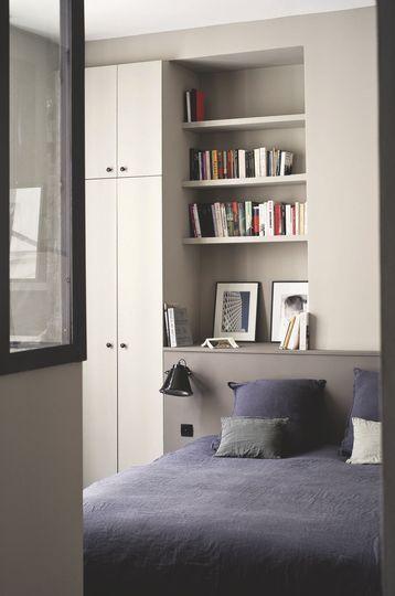 Une chambre parentale sobre et pleine de douceur. Plus de photos sur Côté Maison http://petitlien.fr/80pr