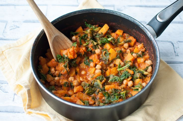 Clean eating butternut squash stew loaded with fibre, antioxidants, minerals and many other nutrients. Simple to make and loved by all. #vegan #healthy #cleaneating